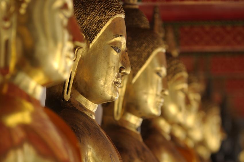 Row of Buddhas, Wat Pho, Old City, Bangkok, Thailand